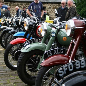 classic_bikes_700